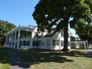 The exterior of Hill-Stead Museum. A must-see house museum and art collection!